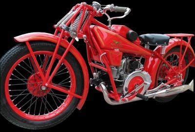 Moto Guzzi Sport 14: arte dell'avviamento