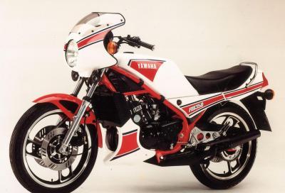 Yamaha RD 350 LC: saga di un mito 2T