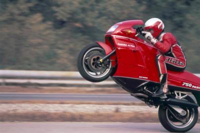 Ducati Paso 750, punto di svolta